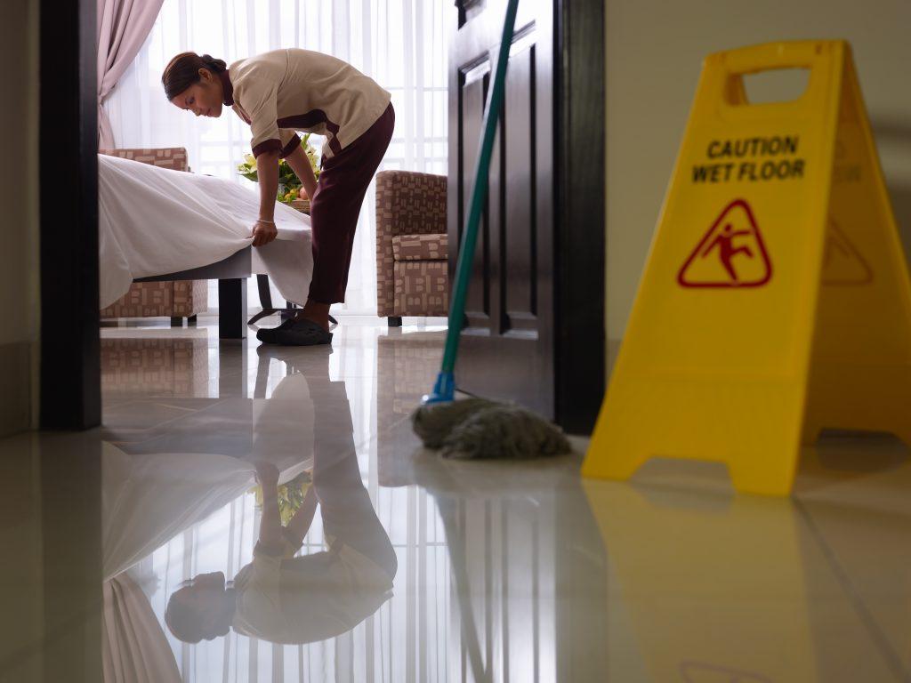 บริการจัดส่งพนักงานทำความสะอาด บัตเลอร์